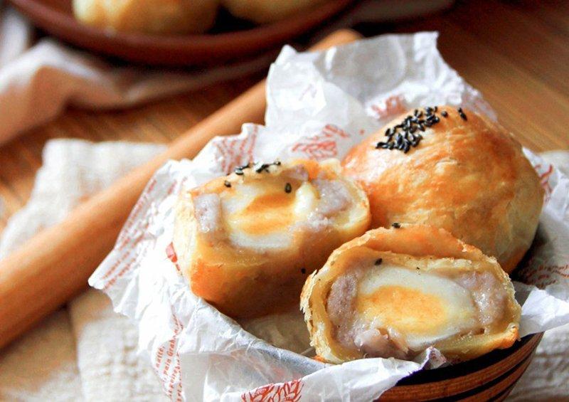 手作蛋黃酥、月餅做法、桂冠流沙湯圓、芋頭月餅、大甲芋頭、中秋月餅、中秋節、手作